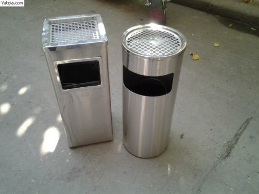 Các mẫu thùng rác inox có gạt tàn thuốc lá phổ biến nhất hiện nay